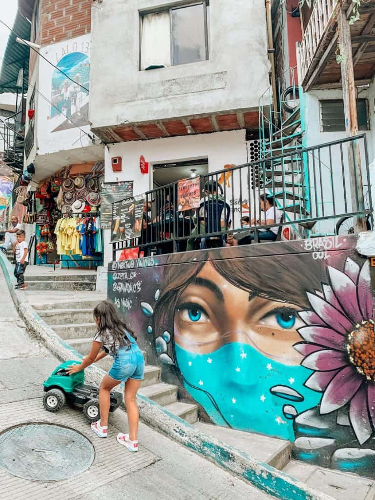 comuna 13 in medellin what you need to know before you go